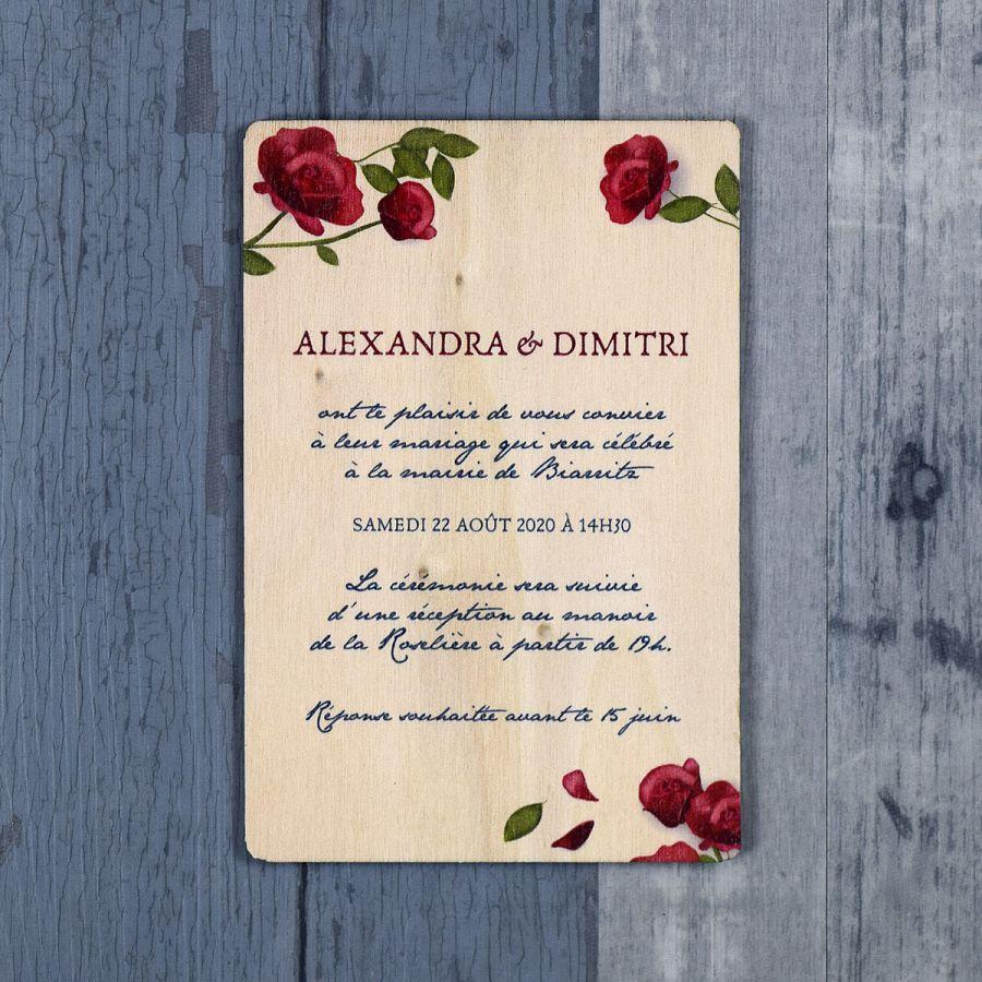 Faire-part de mariage sur bois sur le thème des roses et de la nature
