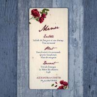 Menu de mariage sur bois avec des roses et fleurs