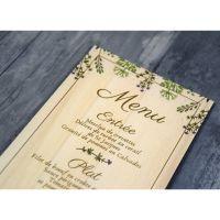 Menu de mariage sur bois sur le thème de fleur sauvage et champetre