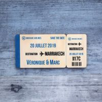 Carte d'embarquement - Save the date sur bois