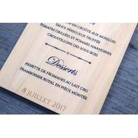 Menu de mariage sur bois - calligraphie et typographie impression