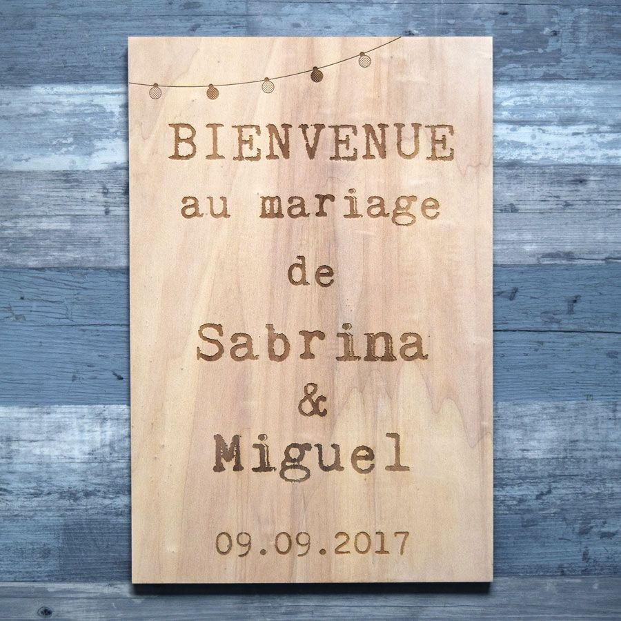 Pancarte de mariage de bienvenue en bois - Lampions